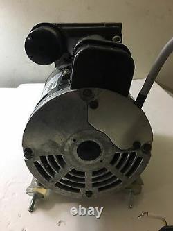 Gast Oil-Less 200-240V 1ph 100psi 2CFM max Air Compressor-71R142-P001B-D301X