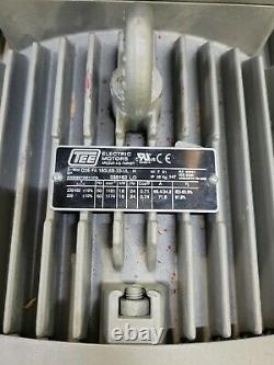 Becker Vtlf 2.500/0-79 24hp 336cfm Pompe À Vide Rotative À Fourgonnette
