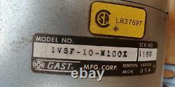 Gast 1vsf-10-m100x Pompe Vacuum Sans Huile 1/6 HP Leçon Max 3 Cfm (1 Cfm @ 15 Hg)